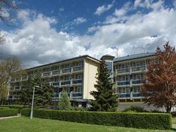 hotel-corvus-buk